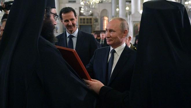 Putin ve Esad'tan Trump Şakası