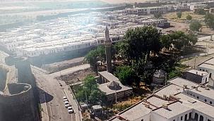 Çevre ve Şehircilik Bakanlığı: Sur'daki hak sahiplerine 3 gün içinde ödeme yapılacak