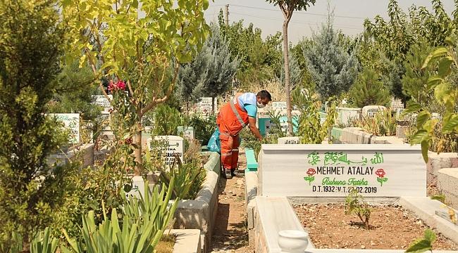 Diyarbakır'da Mezarlıklar Bayram Ziyaretine Hazır
