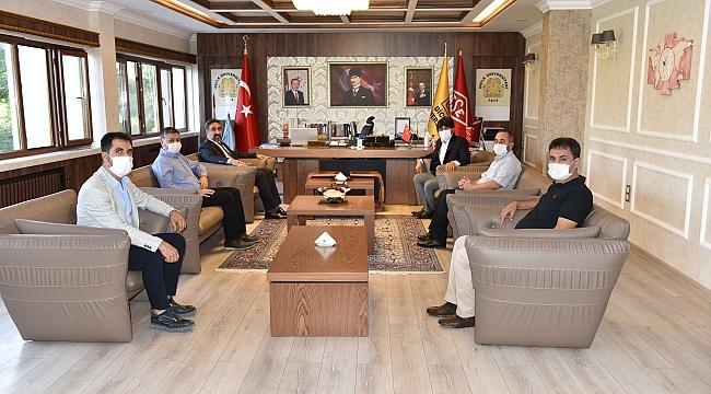 Rektör Prof. Dr. İBRAHİM ÖZCOŞAR'dan Dicle Üniversitesi Rektörüne Ziyaret