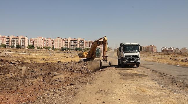 Rıha Caddesinde yol yapım çalışmaları başladı
