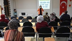 """Büyükşehir'den öğrenci velilerine """"Öfke Kontrolü"""" eğitimi"""