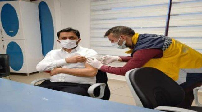 Batman'da eczacılar da aşı oldu