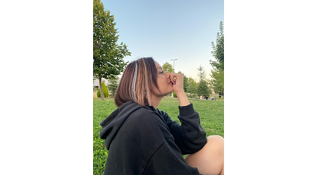 Cemre Nikbay Türkiyenin En Güzel Kızı Seçildi!