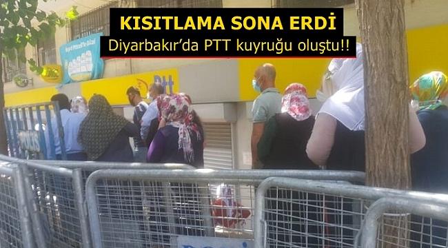 Kısıtlama sona erdi! Diyarbakır'da PTT kuyruğu oluştu..